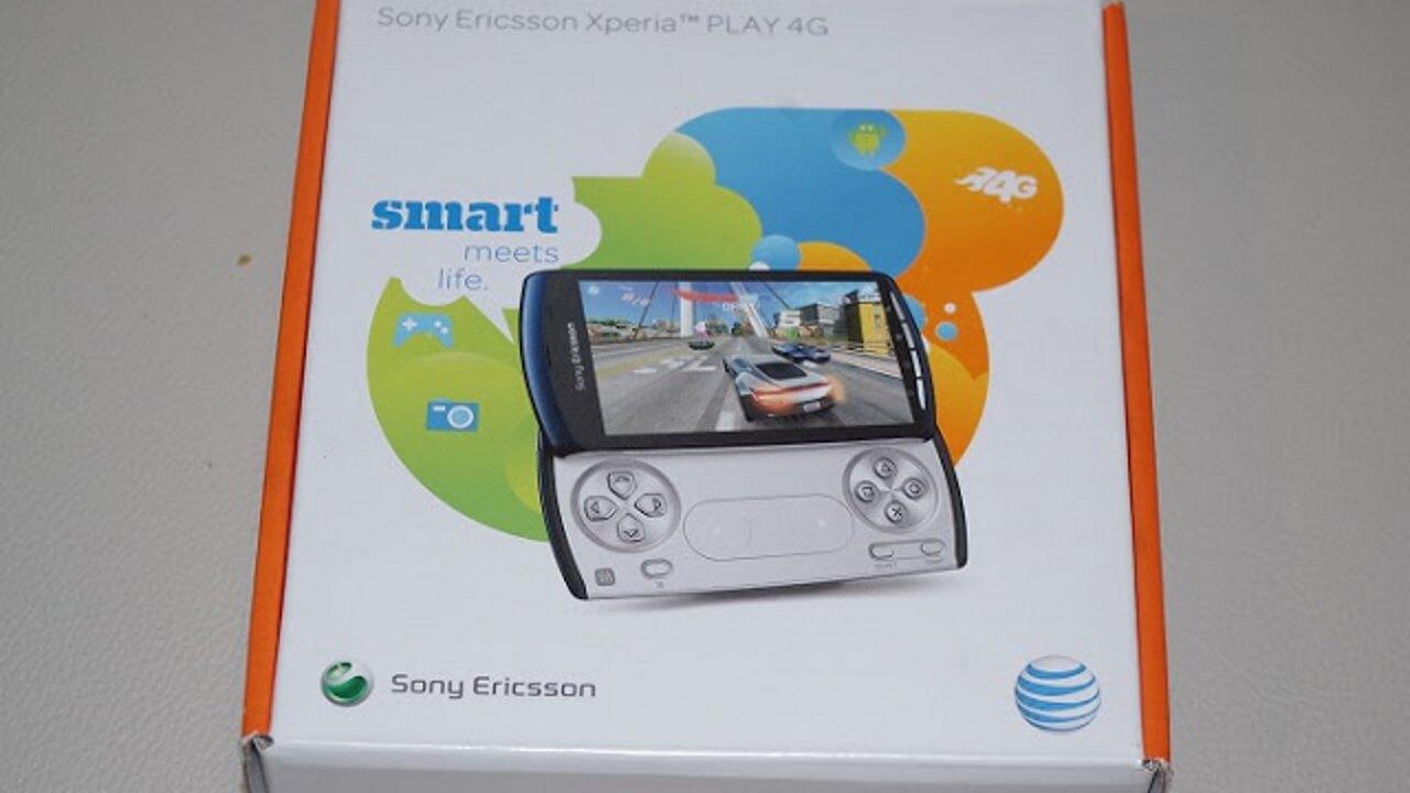 AT&T限定の青い「Xperia Play 4G」が届きました