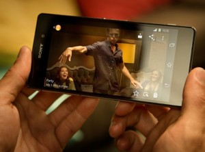 Xperia Z3 Compactと思われる画像がSony公式Facebookで公開される
