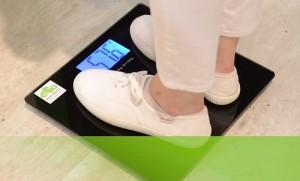 Acer、MWC 2015のブースの様子を映した動画を公開。スマート体重計も登場