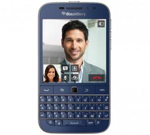 イタリアAmazon.itがQWERTY配列の「BlackBerry Classic」ブルーカラーの予約を開始、日本直送にも対応