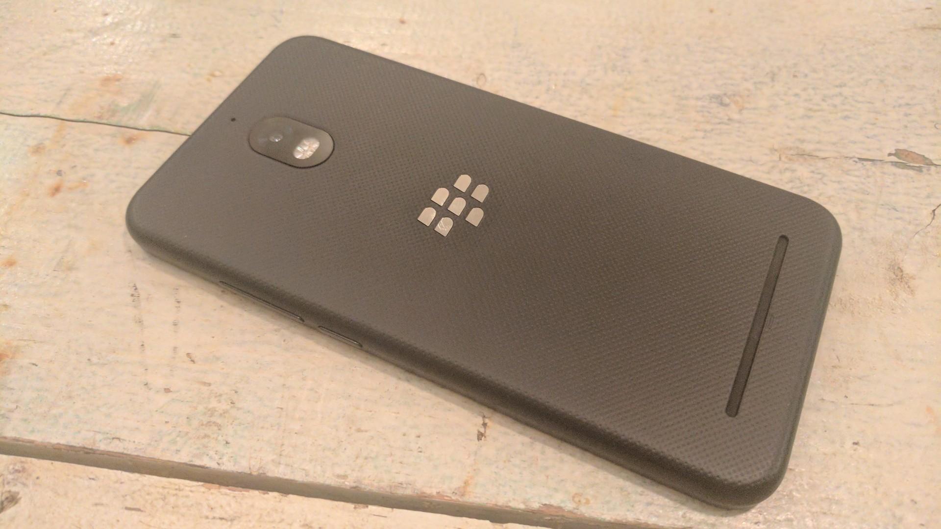 【レビュー】BlackBerry 初の Android 7.0 スマートフォン「BlackBerry Aurora(BBC100-1)」、エントリースペックスペックなのに優秀