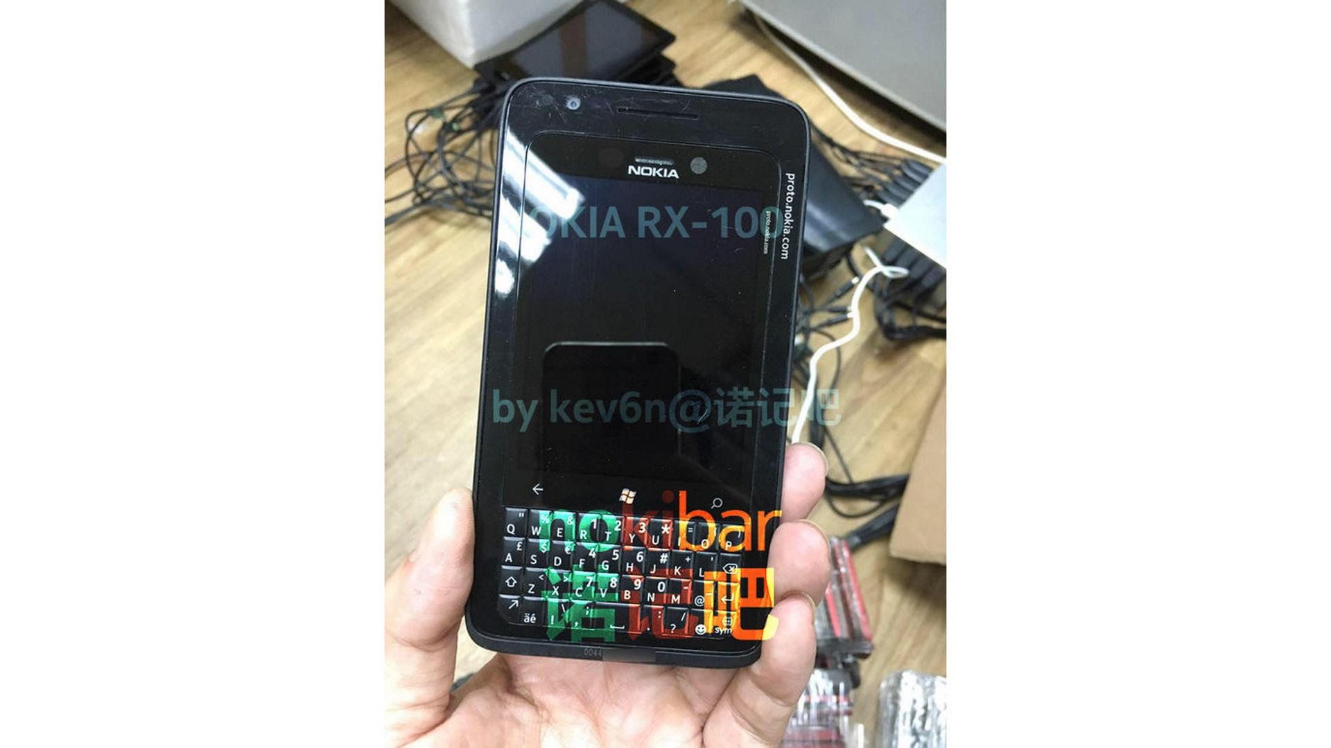 KEYone型キーボードを搭載するNokia製プロトタイプスマートフォンの写真