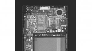 Exclusive!「BlackBerry KEYone」X線写真公開【レポート】