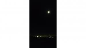 「KEYone」夜空に浮かぶ月の撮影にチャレンジ【レポート】