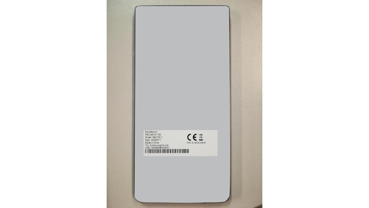 BlackBerryの未発表型番「BBD100-1」がFCC認証を取得、FOMAプラスエリアやLTE B19をサポート