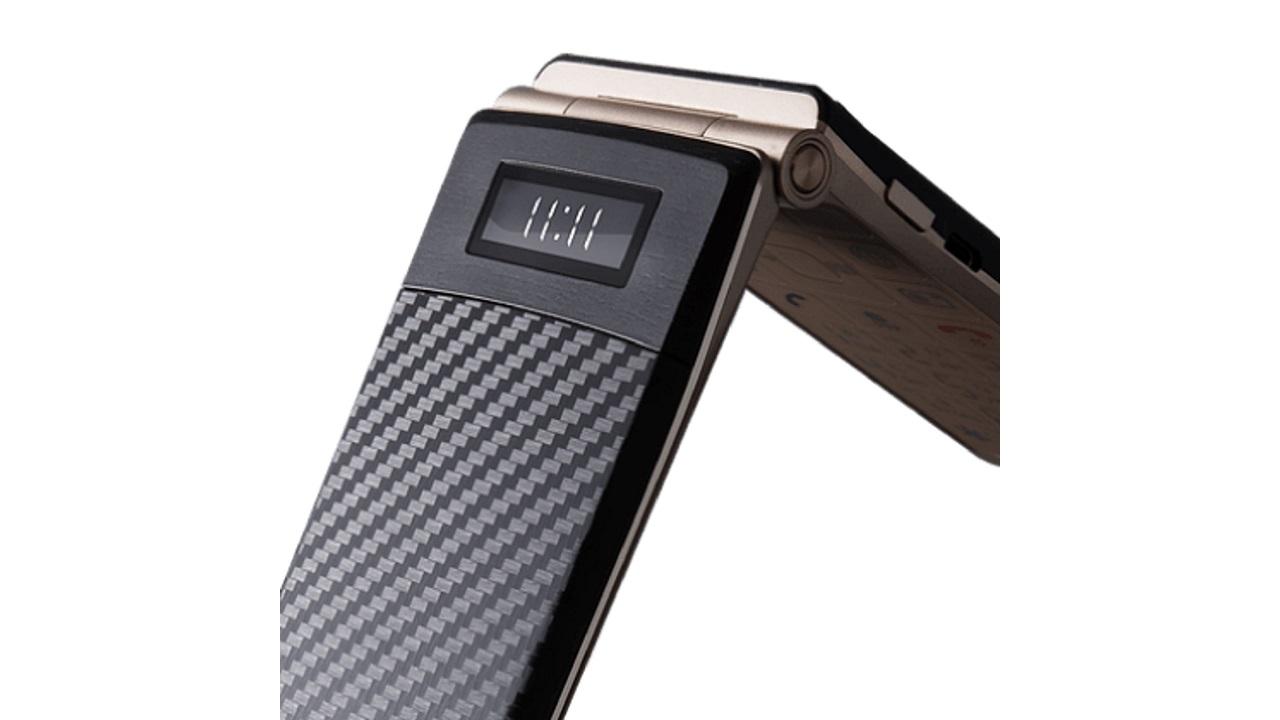 タッチ操作対応の折り畳み式ハイブリッドスマートフォン「Mode1 RETRO」が9月25日に発売