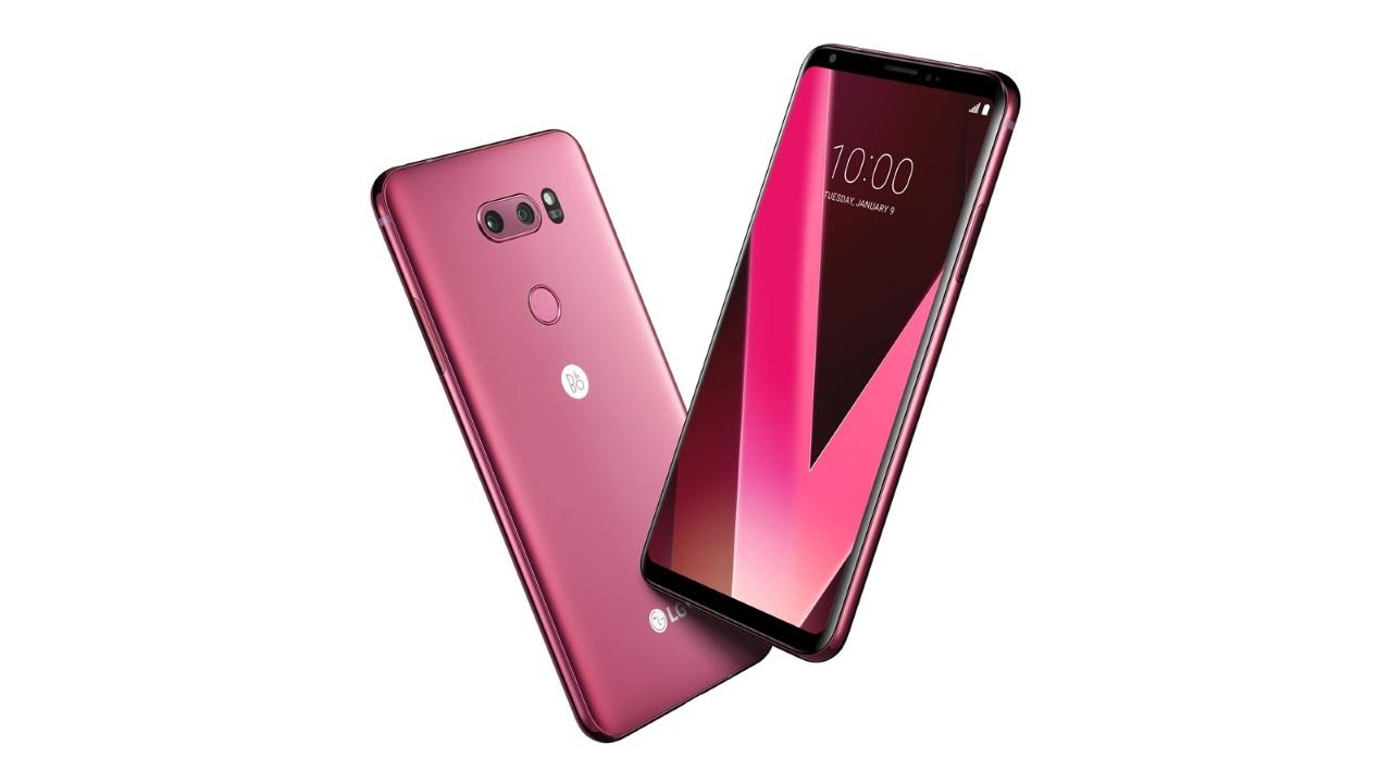 LG、CES 2018で「LG V30」の新色ラズベリーローズを披露