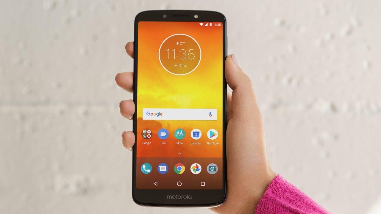Motorola、エントリーモデル「Moto E5/E5 Plus/E5 Play」を発表