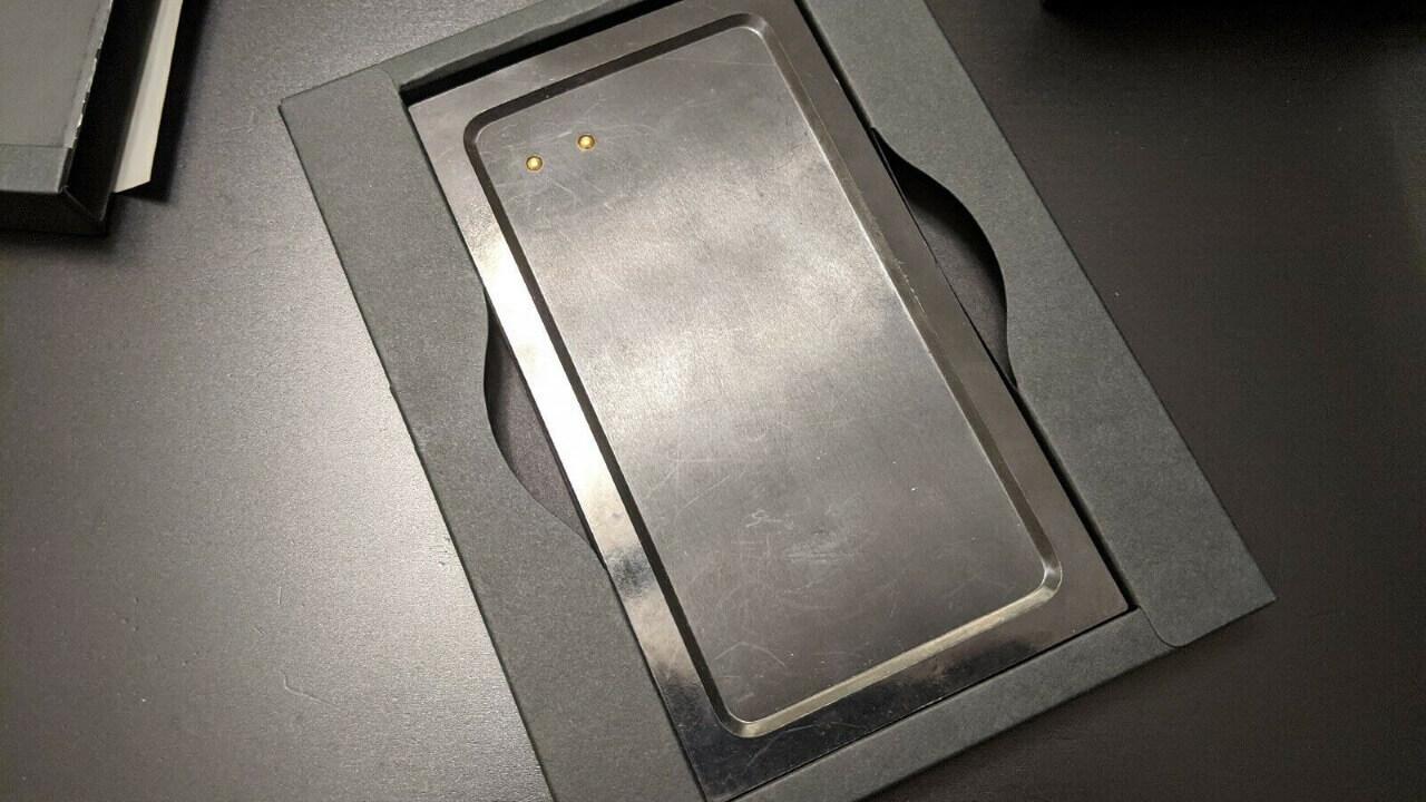 発売されなかった「Essential Phone」用充電ドックがebayに出品される