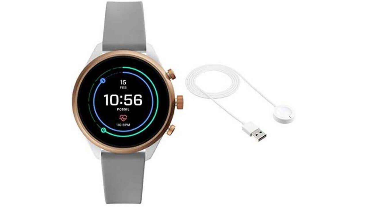Wear OS「Fossil Sport」半額+予備充電器無料特価が復活【Amazon新生活セール】