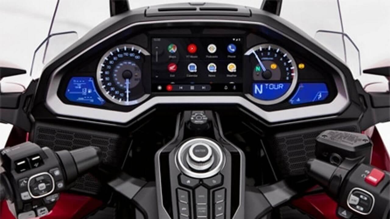 ホンダGold Wingで「Android Auto」利用可能に